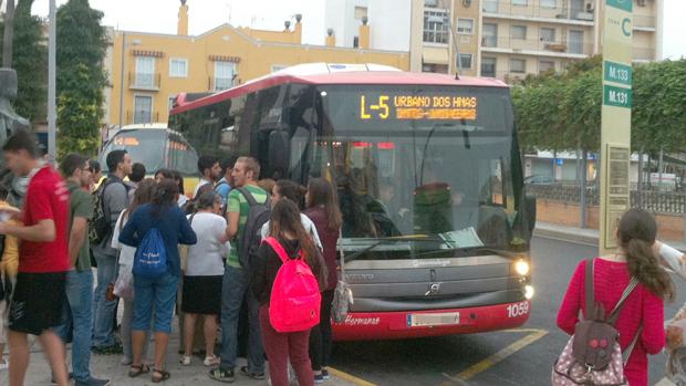 Autobús de la línea 5 hacia Montequinto / ABC