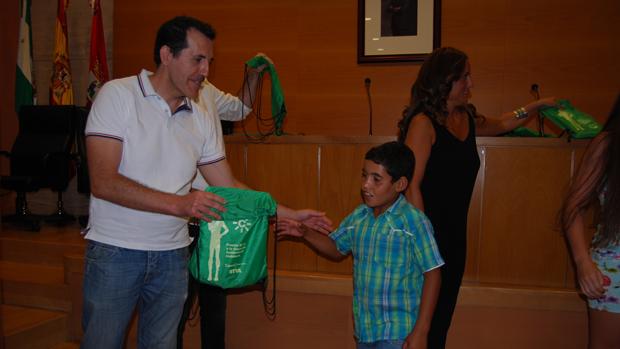 Recepción de los niños saharauis en el Ayuntamiento - L. M.