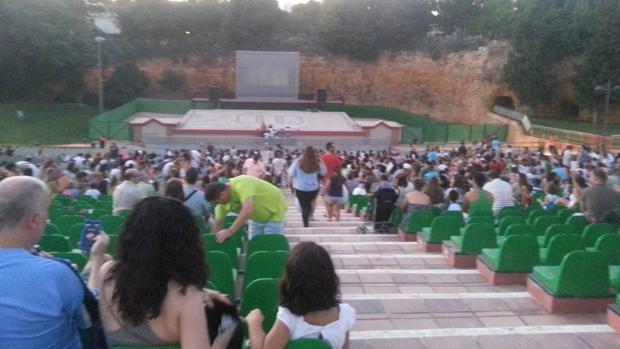 Cine de verano en el auditorio nazareno foto de  - L.M