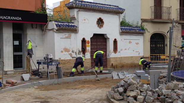 Trabajadores del Ayuntamiento en una obra - L. M.