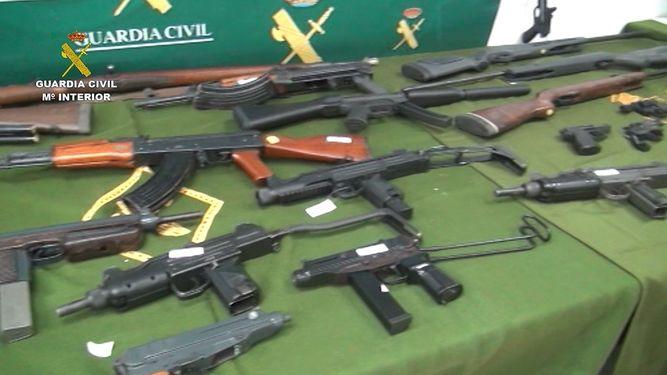 Desmantelado un depósito ilegal de armas y precursores de explosivos en Dos Hermanas SEVILLA | EUROPA PRESS