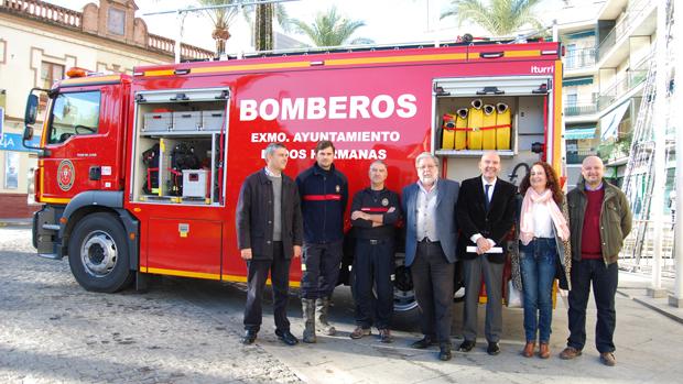 Nuevo camión de Bomberos / L.M.